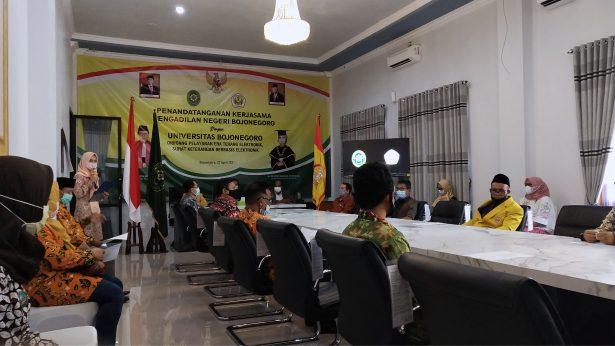 Acara Penandatanganan Kerjasama Antara PN Bojonegoro dengan Unigoro